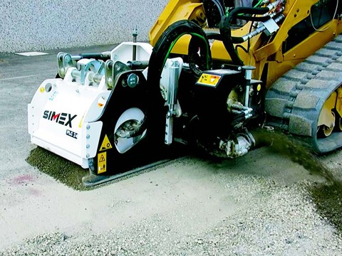 Planer With a Removable Belt in a construction site