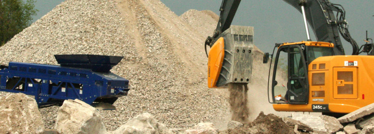 Crusher 5612 at a construction site