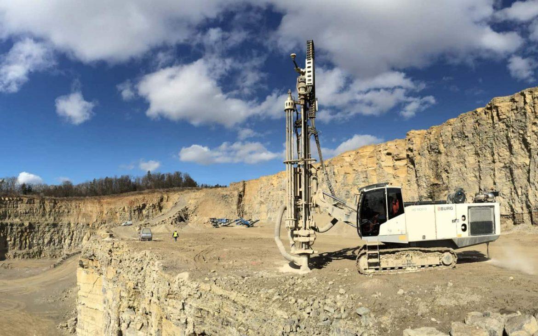 BBURG DTH HD1500 in quarry